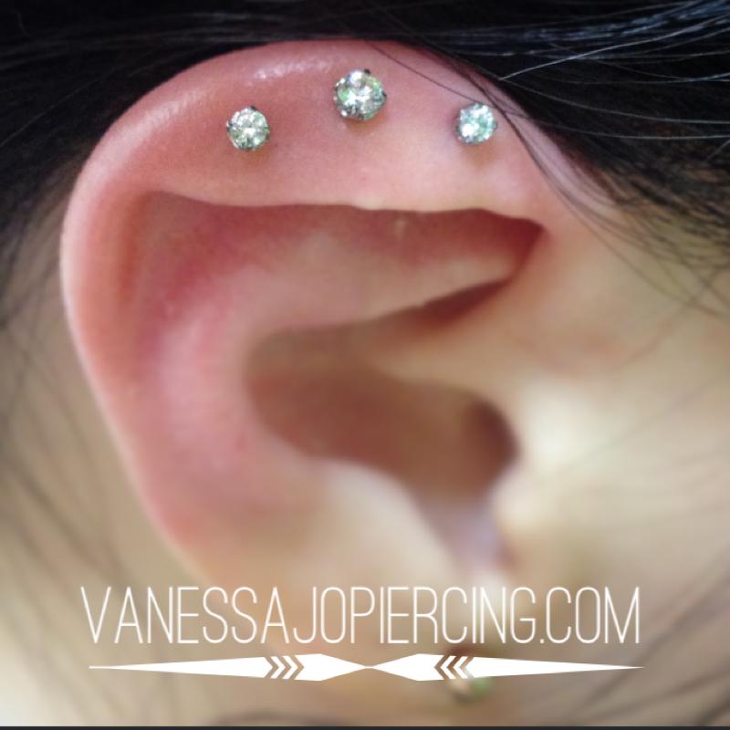 Unique anatomy is fun – Vanessa Jo Piercing